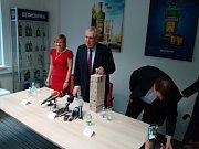 Prezident Miloš Zeman během návštěvy likérky Jan Becher v Karlových Varech