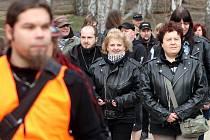 Protestní pochod za amfiteátr v Plzni.