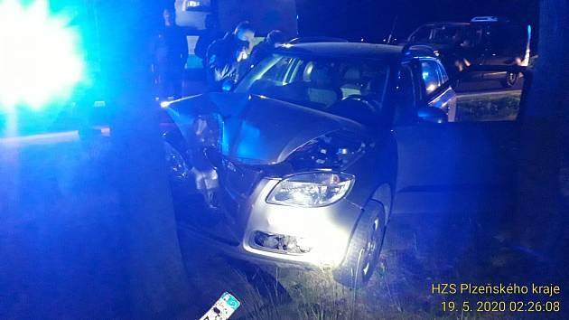 Noční nehoda za Černicemi.