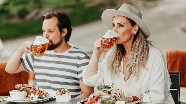 Organizace Plzeň - Turismus připravila ve spolupráci s plzeňskými restauracemi kampaň Léto na pivě, která láká na originální pivní speciality.