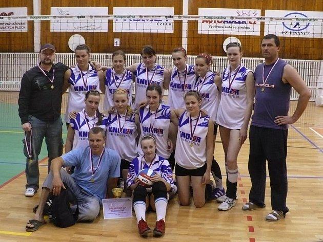 Volejbalové družstvo žákyň Lokomotivy Plzeň vybojovalo titul mistryň České republiky