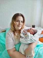 Daniel Barbu se narodil 19. prosince ve 14:18 mamince Terezii a tatínkovi Danielovi zPlzně. Po příchodu na svět vporodnici U Mulačů vážil bráška devítiletého Kristiána a pětileté Sáry 3700 gramů a měřil 50 centimetrů.