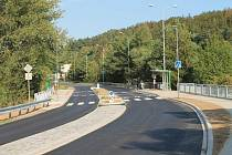 Autobusových zastávky v městských částech Radobyčice a Radčice jsou teď bezpečnější. Jejich úpravy, které město Plzeň právě dokončilo, si vyžádaly více než sedm milionů korun.