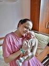 Anna Mandíková se narodila 1. března v8:57 mamince Janě a tatínkovi Peterovi zPlzně. Po příchodu na svět vplzeňské FN vážila jejich dcerka 3370 gramů a měřila 50 centimetrů.