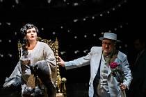 Úplně poprvé bude v Plzni v sobotu 16. října uvedena mistrovská opera Leoše Janáčka Věc Makropulos. Na snímku Ivana Veberová a Petr Horák.