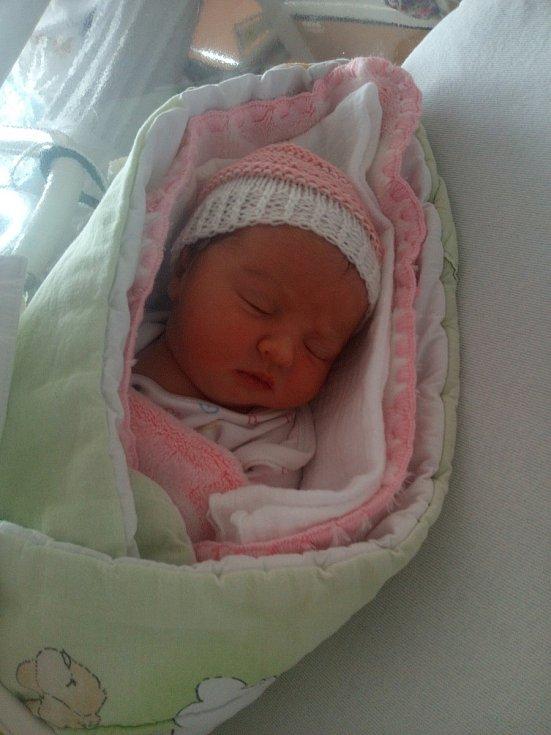 Natálie Toušová z Pocinovic uviděla světlo světa v Klatovské nemocnici 12. února ve 14:43 hodin (2830 g, 48 cm). Maminka Hana, tatínek Lukáš a jejich dcera Nikolka nevěděli, že budou mít děvčátko.
