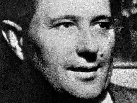 """Uměleckému teoretikovi a kritikovi Karlu Teigemu (1900 až 1951) je věnována nová výstava Západočeské galerie, která slavnostně začala ve čtvrtek odpoledne vplzeňské výstavní síni """"13"""""""