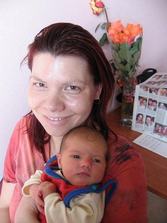 Markétě Musilové a Filipovi Kopeckému z Plzně se 4. dubna v 18.48 hod.narodila ve FN v Plzni dcera Kristýnka (3,61 kg/51 cm)
