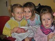 Zuzana Sprinzlová se narodila 17. listopadu v 1:11 mamince Anně a tatínkovi Danielovi z Plzně. Po příchodu na svět v porodnici U Mulačů vážila sestřička šestileté Kateřiny, tříleté Magdalény a dvouleté Veroniky 3550 gramů a měřila 52 centimetrů.