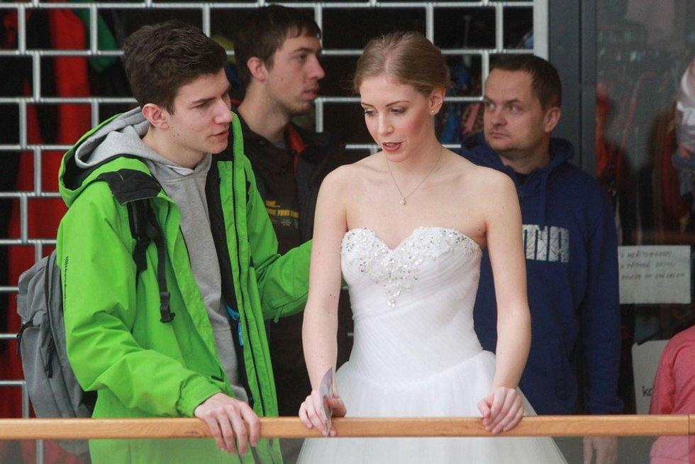 Svatební veletrh v obchodním domě Centru Doubravka