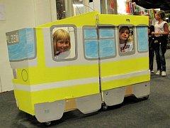 Tramvaj MiniPlzeň postavily děti z Plzně v MiniMnichově, kam si jely pro inspiraci ke stavbě vlastního miniměsta