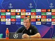 Trenér Viktorie Plzeň Pavel Vrba na pondělní tiskové konferenci v útrobách Stadio Olimpico.