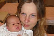Milan Havalec z Nýřan je náruživým rybářem a proto se už nemůže dočkat, až bude chodit na ryby i se svým prvorozeným synem Danielem (3,20 kg/50 cm), kterého mu porodila Jarmila Havalcová 25. srpna třicet minut po šestnácté hodině v Mulačově nemocnici