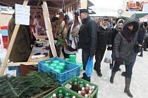 Lidé využili posledních letošních farmářských trhů