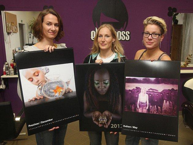 Autorky charitativního kalendáře (zleva) Eva Batíková, Zuzana Salz a Eva Spálenská