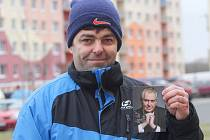 Miroslav Bláha minulý týden ulovil podpis prezidenta Miloše Zemana. Stalo se tak během  návštěvy Nýřan.