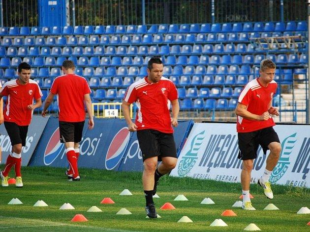 Fotbalisté Viktorie si zatrénovali v Chorzówě