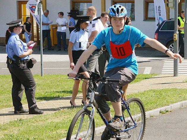Dopravní soutěž mladých cyklistů u 33. ZŠ v Plzni