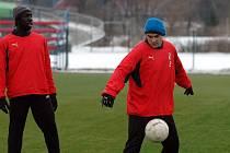 Johann Anwar Ryan Smith (vlevo) a Chorvat Mario Milasinovič