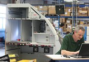 Výroba kuchyňských modulů a odpočinkových místností do letadel Airbus