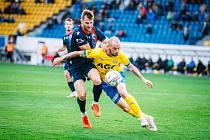 RADIM ŘEZNÍK si po třech vstřelených gólech v této sezoně připsal pří vítězství 1:0 v Teplicích i první asistenci.