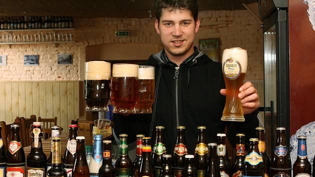 Petr Strnad v Klubu malých pivovarů.
