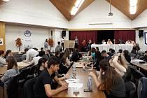 Matematická soutěž Matematika je hra na SPŠ Dopravní v Plzni.