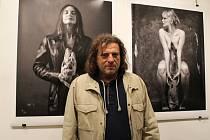 Fotograf Ivan Vala u svých snímků