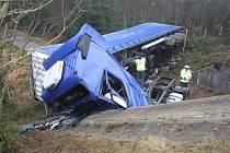 Dva kamionáři zemřeli při nehodě u Svaté Kateřiny na 142. kilometru D5 ve směru na Rozvadov
