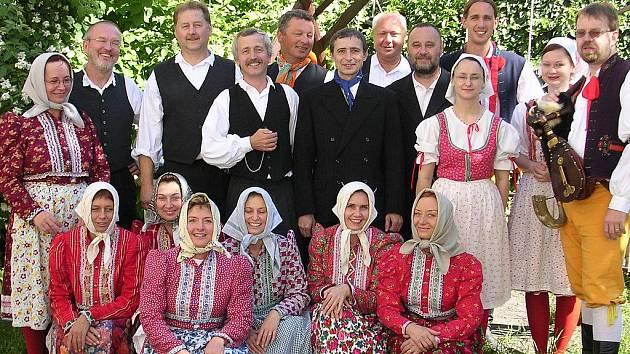 Deset let oslaví soubor Skanzen Škoda Plzeň koncertem tuto sobotu na scéně plzeňského Divadla Alfa