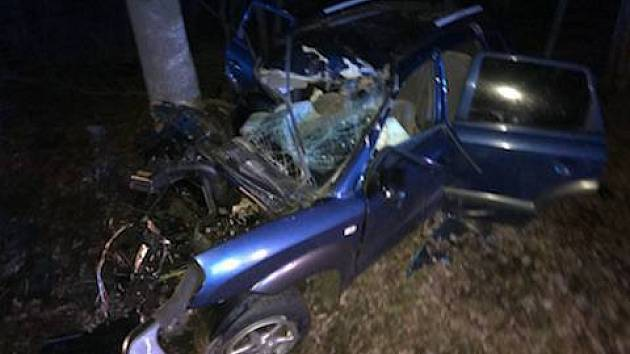 Při nehodě u Dobřan se vážně zranil osmapadesátiletý řidič.