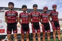 Cyklisté Sparty se v Bratislavě představili v sestavě (zleva) Rostislav Krotký, Petr Fiala, Denis Rugovac, Tomáš Kalojíros a Jan Stöhr.