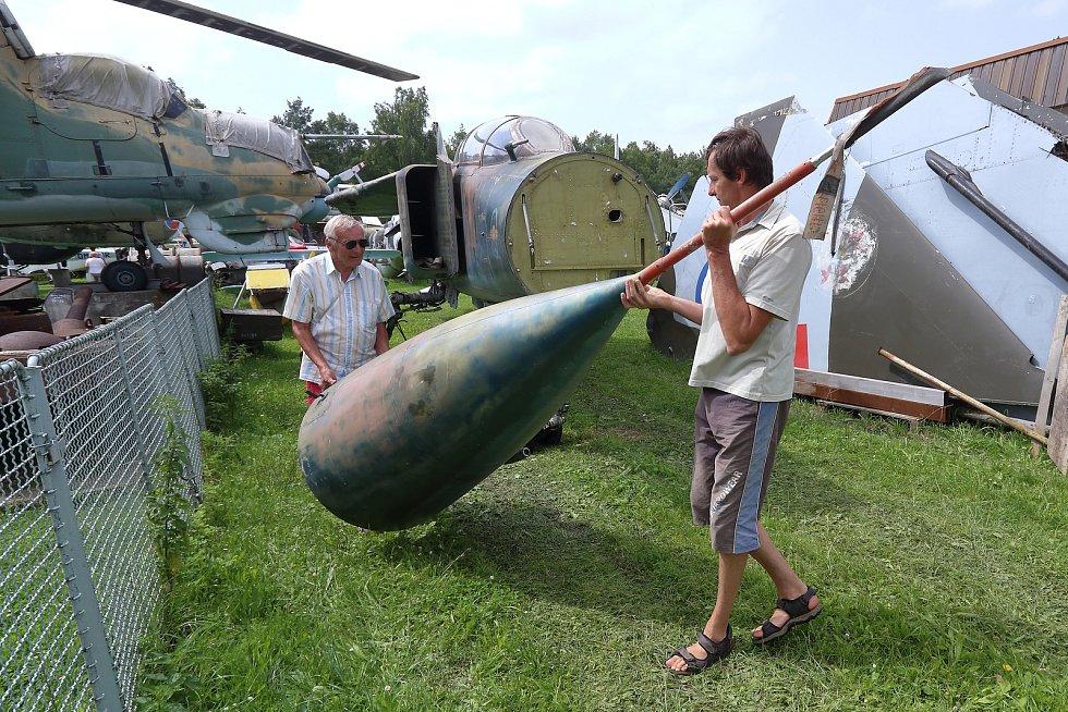 MIGy-23 byly i ve výzbroji ČSLA v Československu.