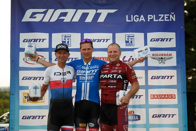 Nejlepší z kategorie Masters (zleva): Jan Bryxi, Petr Ruman a Zdeněk Rubáš.