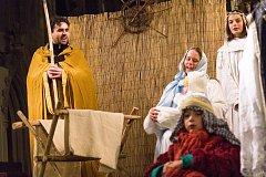 I tak vypadal betlém ze Starého Plzence vloni. Snímek je z plzeňského představení.