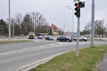 Plzeň začíná opravovat značně vytíženou křižovatku na Karlovarské, díky přestavbě lépe projedou kloubové autobusy MHD.