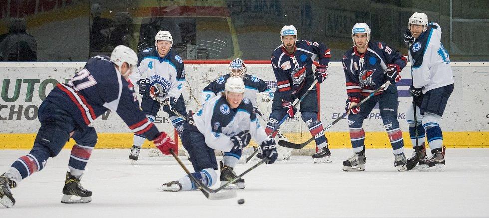 Přípravné hokejové utkání mezi Plzní a Chomutovem