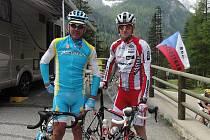 Martin Jakš (vpravo) si klíčové pasáže vysokohorských etap projel společně s  Romanem  Kreuzigerem starším