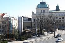 Současný stav terasy Velkého divadla