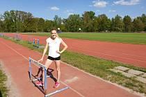 Atletka Tereza Jonášová se připravuje střídavě v Praze a v Plzni, kde je členkou Škody.