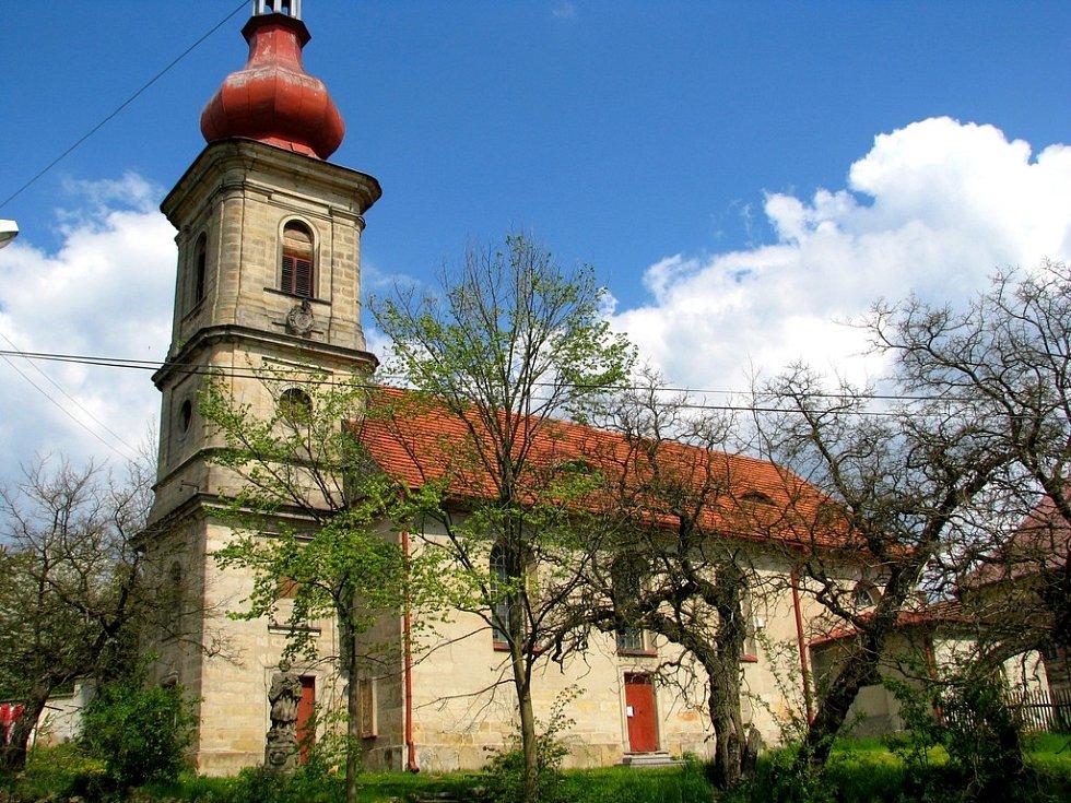 Kostel svatého Václava v Číhané na severním Plzeňsku.