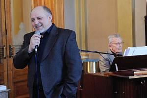 Jan Ježek provede ve Velkém divadle posluchače večerem, který bude plný muzikálových a operetních melodií