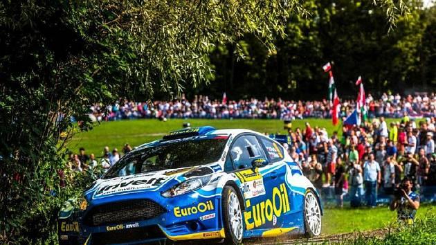 Posádka plzeňského EuroOil Invelt teamu Václav Pech - Petr Uhel na trati Barum Rallye na Zlínsku.