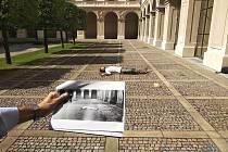 Určování polohy těla dle historické fotografie.