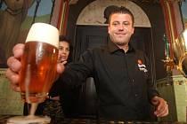 První část světového finále soutěže Master Bartender v Plzni
