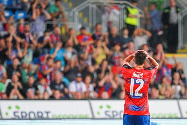 Michal Ďuriš během utkání s Karabachem