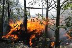 Požár maringotky v Letinech.