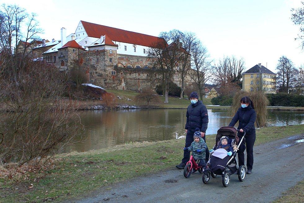 Horšovský Týn - park rozkládající se pod hradem a zámkem.