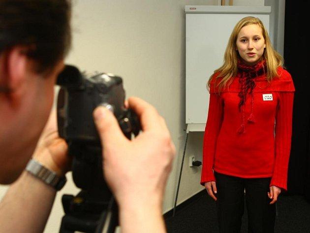 Konkurzu do nové televize Junior TV Plzeň se v sobotu zúčastnila i šestnáctiletá studentka Masarykova gymnázia v Plzni Terezie Páníková