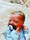 Matyáš Mareš se narodil 3. listopadu ve 4:12 mamince Martině a tatínkovi Martinovi z Plzně. Po příchodu na svět v plzeňské FN vážil jejich prvorozený synek 2800 gramů a měřil 49 cm.
